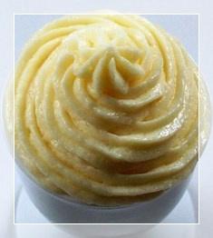 Crema de vanilie cu frisca si gelatina